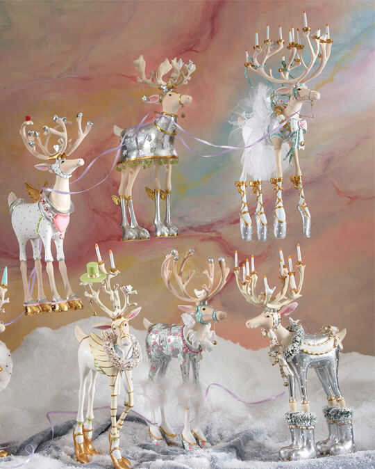 "Dash Away, inspired by the classic Christmas poem "" 'Twas the Night Before Christmas,"" features Santa's eight reindeer ready to take flight around the world, assisted by their delightfully dedicated elves, Santa, and Mrs. Santa."